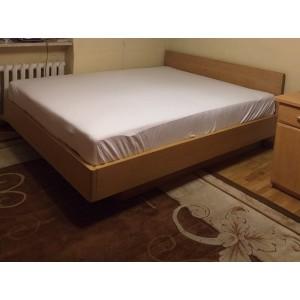 Łóżko bukowe z cofniętym pojemnikiem FORTE 12