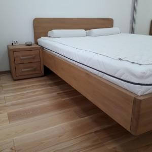 Łóżko bukowe z cofniętym pojemnikiem FORTE 16