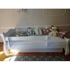 Łóżko LOVANO niskie, sosnowe 10